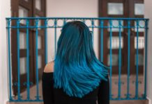 Dark Blue Hair Trend