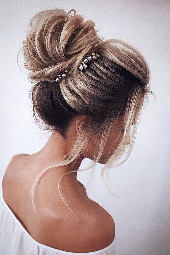 Peachy Beautifully Colored Hair In A Big Bun Schematic Wiring Diagrams Amerangerunnerswayorg
