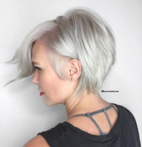 stacked bob Icy Blonde