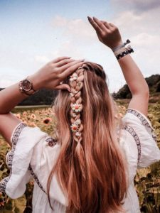 summer half up braided hair
