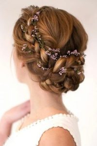 sweet updo with flower