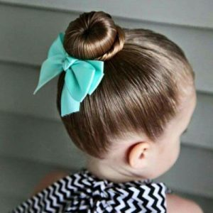 ballerina bun with bow