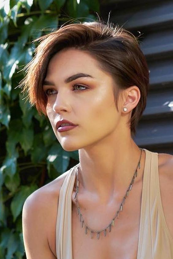 40 Short Brunette Hairstyles And Haircuts