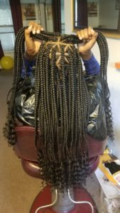 Curl ends triangle box braids