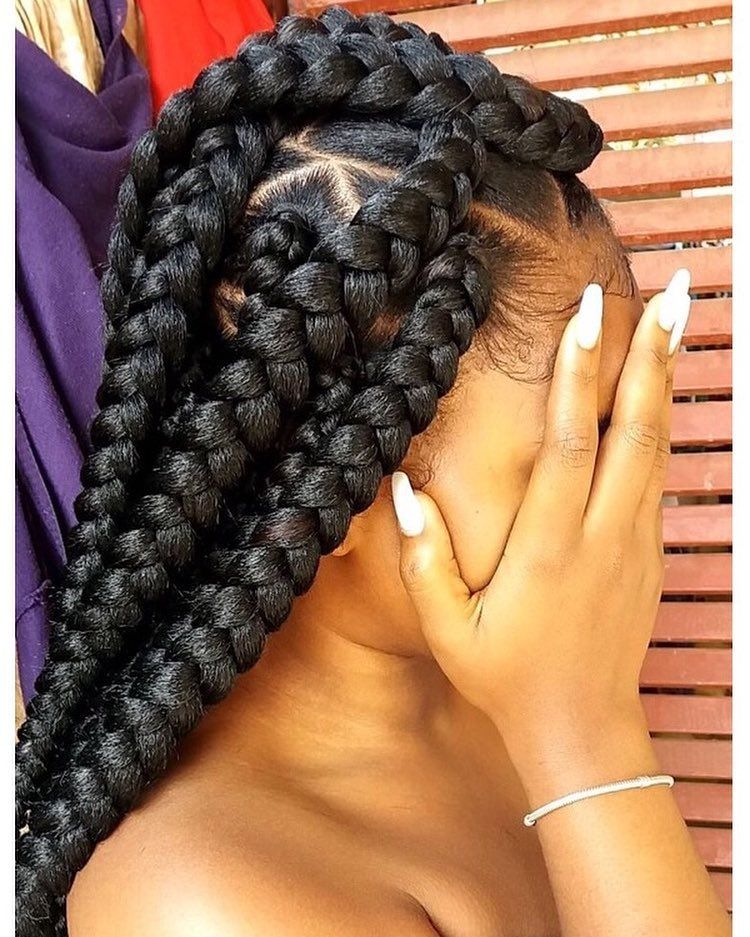 Triangle Box Braids Styles We Adore-1695