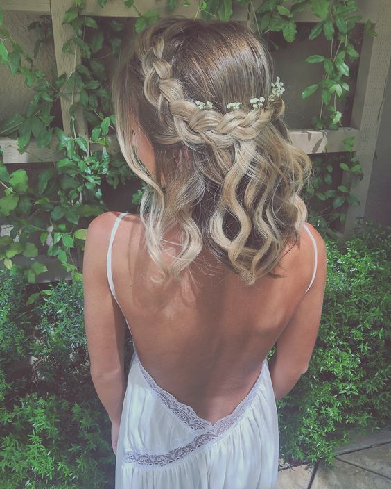 Stylish Prom Hairstyles Half Up Half Down