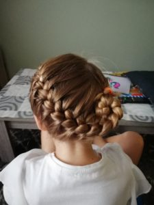onesided french braid bun
