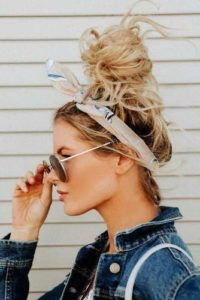 Beachy Top Knot
