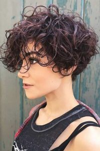 Pixie Cut with Wet-Look Curls
