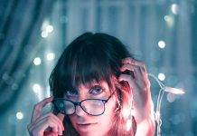 Best Hairstyles with Glasses and Bangs