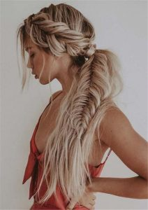 Low Ponytail with Fishtail Braid and Beachy Texture