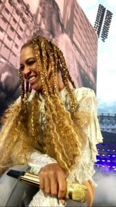 beyonce chunky braid loose ends