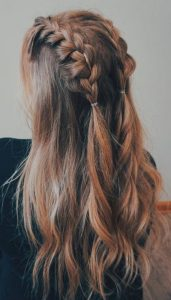 loose halfup braided style