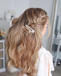clip embellished wavy braid