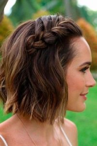 short hair beach braid