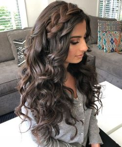 long curls with side braid quince