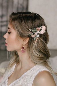 side clip wedding flowers