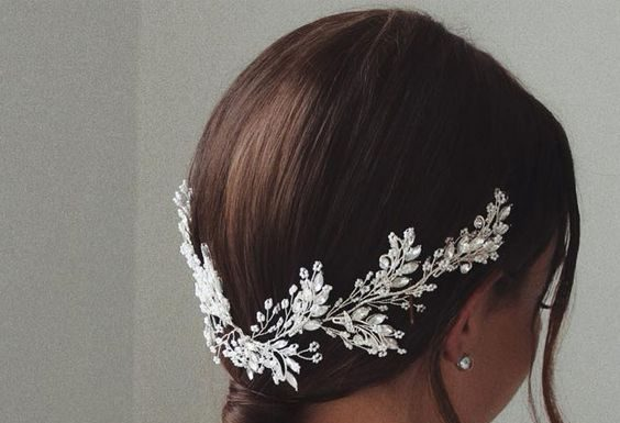 bride low pony clip