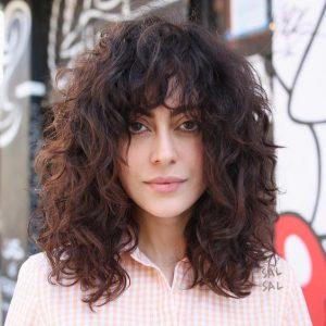 shag curly hair