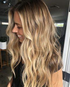 caramel blonde hair waves