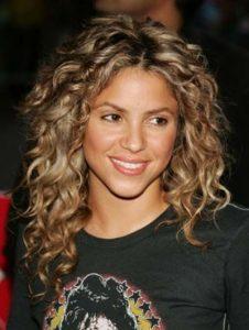 shakira curls