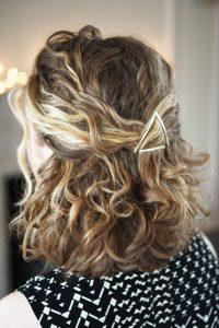 triangle clip curl