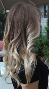 curled blonde ombre