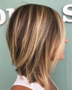 brown blonde medium bob