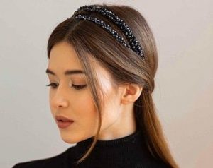 two headband ponytail